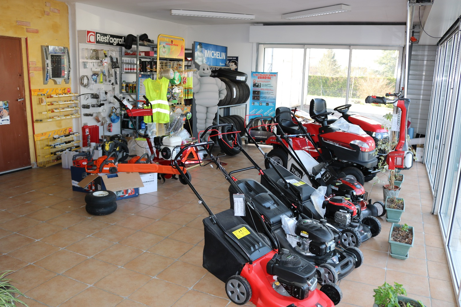 Vente fonds de commerce garage mecanique auto agricole - Vente fond de commerce garage automobile ...